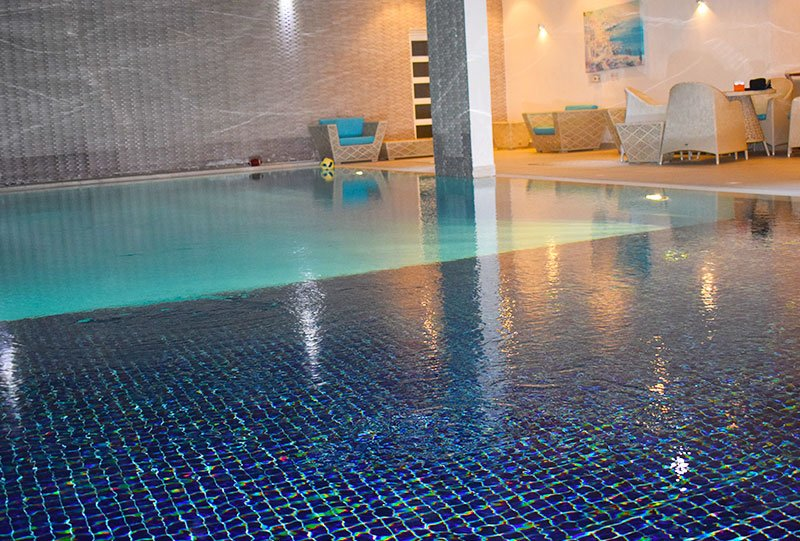 Atlasblue Residential indoor overflow pool 6 - Kuwait