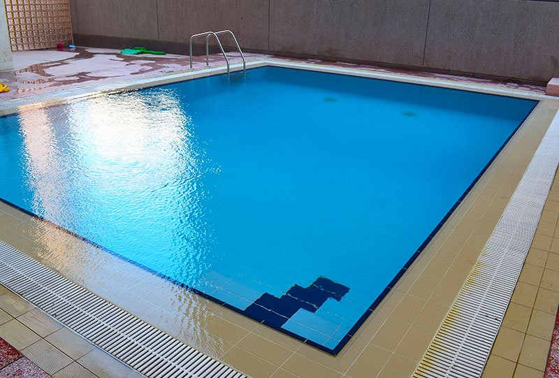 Atlasblue Residential indoor overflow pool 9 - Kuwait