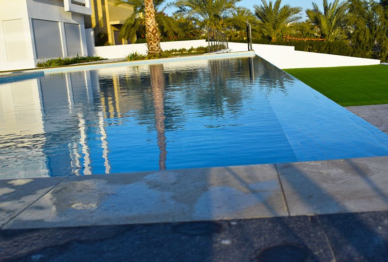 Atlasblue Residential outdoor infinity pool 2 - Kuwait