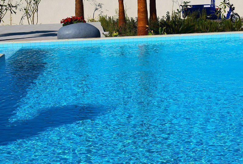 Residential Outdoor Skimmer Pool 16 - Atlasblue Kuwait