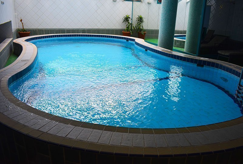 Residential Outdoor Skimmer Pool 4 - Atlasblue Kuwait