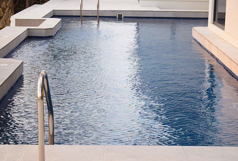 Residential Outdoor Skimmer Pool 43 - Atlasblue Kuwait